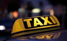 Определен единый цвет такси в Петербурге